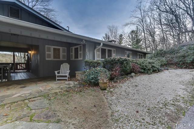 101 Locust Lane, Highlands, NC 28741 (MLS #92640) :: Berkshire Hathaway HomeServices Meadows Mountain Realty