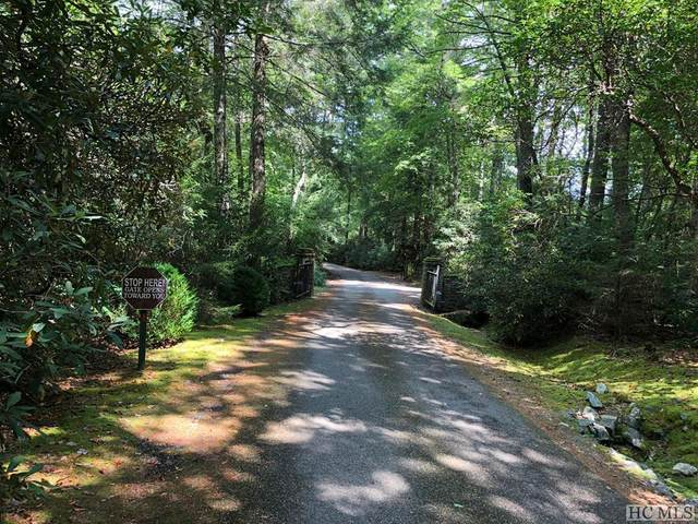 48 Timber Ridge Rd., Cashiers, NC 28717 (MLS #93151) :: Berkshire Hathaway HomeServices Meadows Mountain Realty