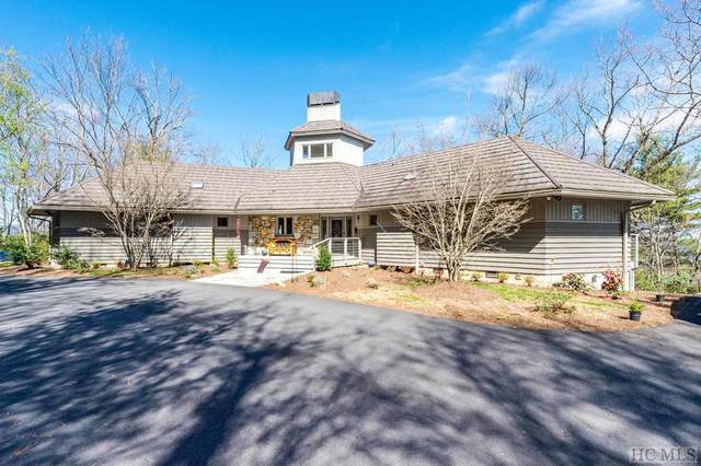 742 Lakeside Drive, Lake Toxaway, NC 28747 (MLS #93211) :: Pat Allen Realty Group