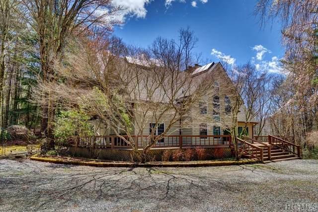 872 Wayfaring Road, Cashiers, NC 28717 (MLS #93590) :: Berkshire Hathaway HomeServices Meadows Mountain Realty