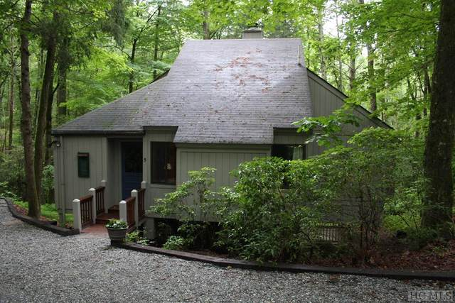 5 Hogback Court, Sapphire, NC 28774 (MLS #93798) :: Berkshire Hathaway HomeServices Meadows Mountain Realty