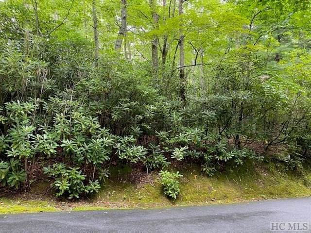 12 Toxaway Trail, Lake Toxaway, NC 28747 (MLS #95490) :: Berkshire Hathaway HomeServices Meadows Mountain Realty