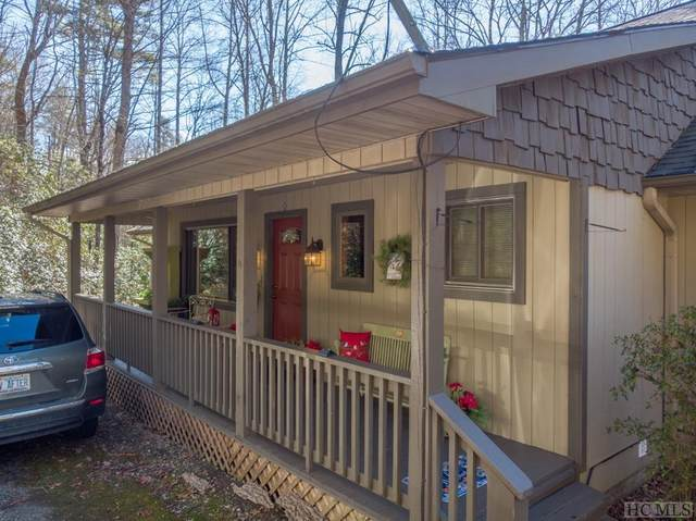 402 Holly Road, Sapphire, NC 28774 (MLS #95556) :: Berkshire Hathaway HomeServices Meadows Mountain Realty