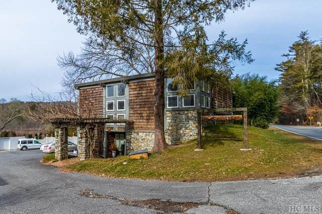 370 Hwy 107S, Cashiers, NC 28717 (#95601) :: BluAxis Realty