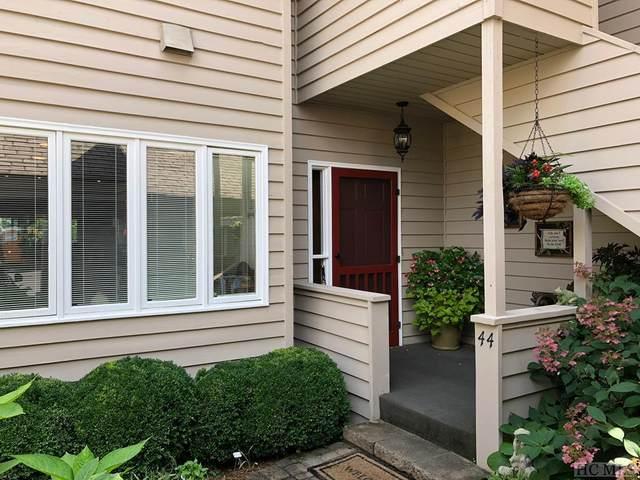 44 Country Club Village Drive #3, Lake Toxaway, NC 28747 (#96574) :: Exit Realty Vistas