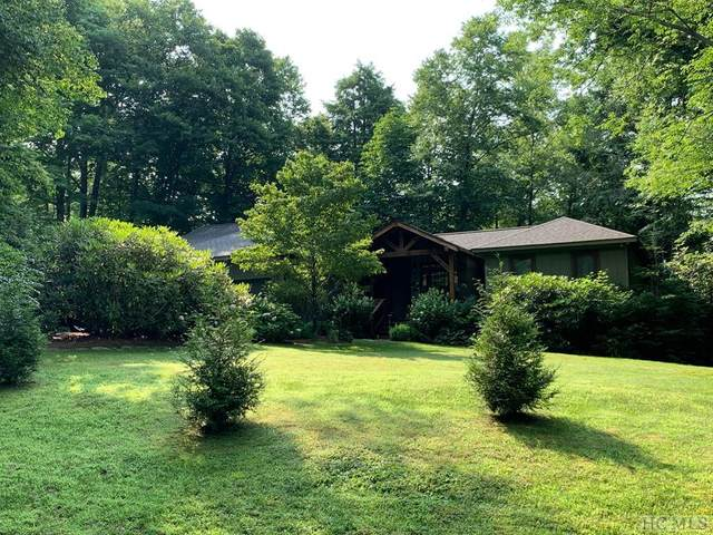 140 Hickory Drive, Highlands, NC 28741 (MLS #96942) :: Berkshire Hathaway HomeServices Meadows Mountain Realty