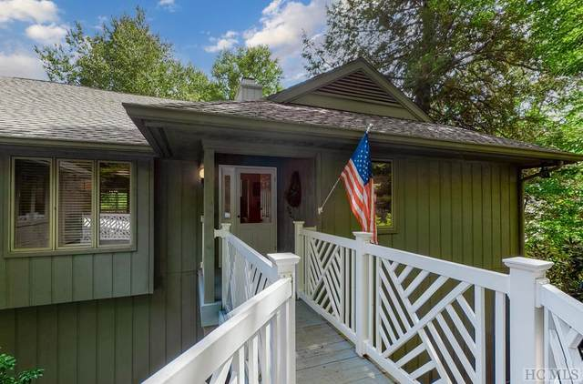 100 Laurelwood Drive, Highlands, NC 28741 (MLS #97391) :: Berkshire Hathaway HomeServices Meadows Mountain Realty