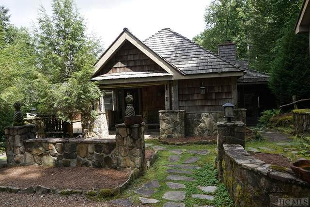 60 Moorewood Circle, Highlands, NC 28741 (MLS #97428) :: Pat Allen Realty Group