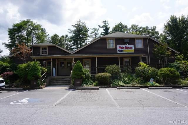 151 Helens Barn Avenue, Highlands, NC 28741 (MLS #97444) :: Pat Allen Realty Group