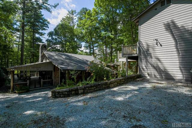 1195 Hickory Hill, Highlands, NC 28741 (MLS #97457) :: Berkshire Hathaway HomeServices Meadows Mountain Realty