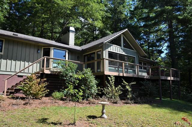 154 S East Shore Drive, Lake Toxaway, NC 28747 (MLS #97556) :: Berkshire Hathaway HomeServices Meadows Mountain Realty
