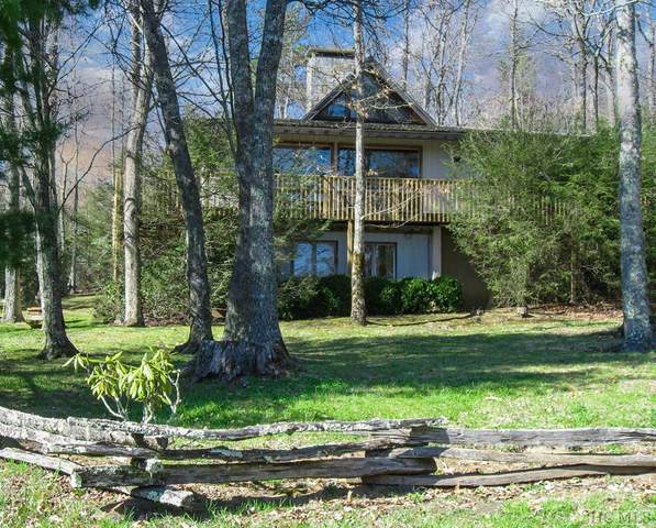 727 Wildwood Drive, Highlands, NC 28741 (MLS #97572) :: Berkshire Hathaway HomeServices Meadows Mountain Realty