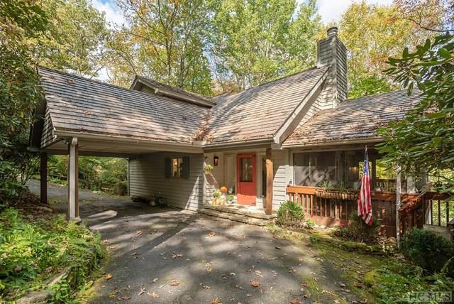318 Rushing Brook Lane, Glenville, NC 28736 (MLS #97735) :: Pat Allen Realty Group