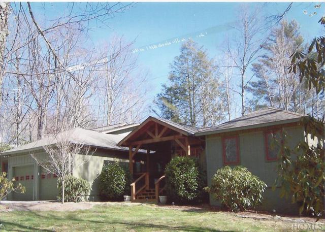 140 Hickory Drive, Highlands, NC 28741 (MLS #87682) :: Lake Toxaway Realty Co
