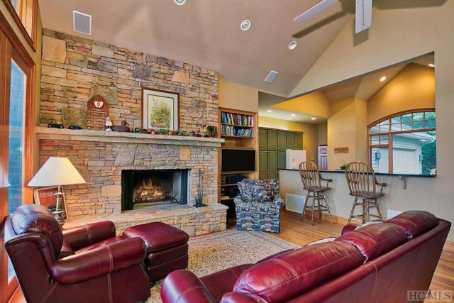 441 View Point Road, Highlands, NC 28741 (MLS #89025) :: Lake Toxaway Realty Co