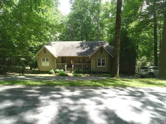 37 Azalea Court, Sapphire, NC 28774 (MLS #96673) :: Berkshire Hathaway HomeServices Meadows Mountain Realty