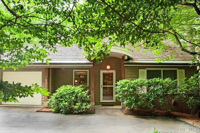 90 Williamsburg Court, Highlands, NC 28741 (MLS #96717) :: Pat Allen Realty Group