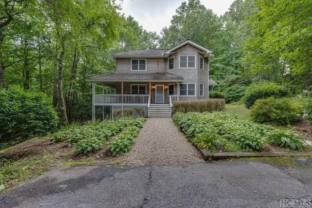 12 Hemlock Woods Drive, Highlands, NC 28741 (MLS #97275) :: Berkshire Hathaway HomeServices Meadows Mountain Realty