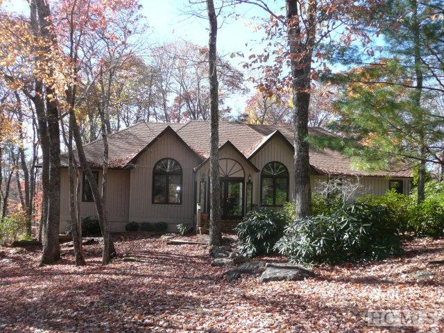 441 Wildwood Drive, Highlands, NC 28741 (MLS #82912) :: Lake Toxaway Realty Co