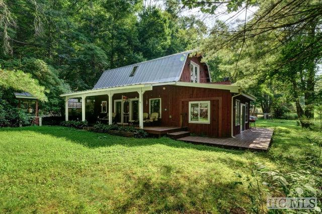 6 Memory Lane, Cashiers, NC 28717 (MLS #82974) :: Lake Toxaway Realty Co