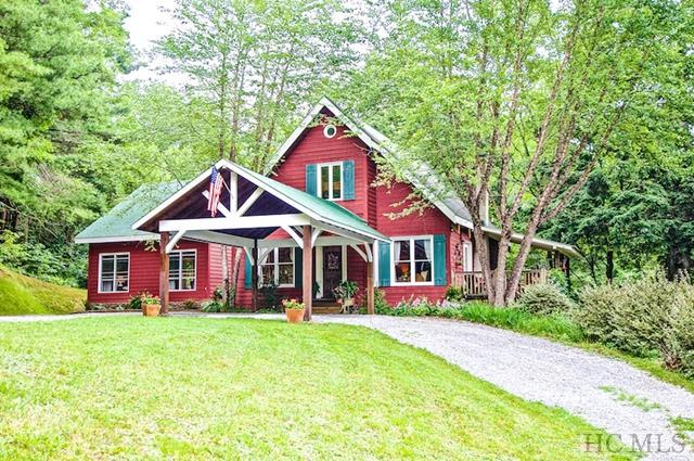 599 Pines Road, Scaly Mountain, NC 28775 (MLS #84398) :: Berkshire Hathaway HomeServices Meadows Mountain Realty