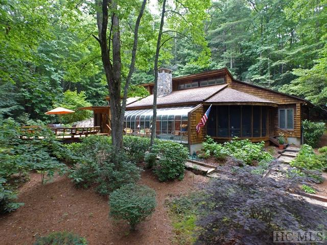 906 Cherokee Trail, Sapphire, NC 28774 (MLS #84518) :: Berkshire Hathaway HomeServices Meadows Mountain Realty