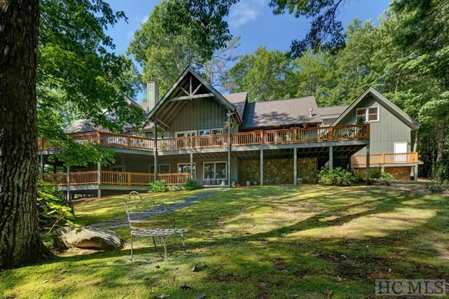 424 Turnberry Lane, Cashiers, NC 28717 (MLS #84786) :: Lake Toxaway Realty Co