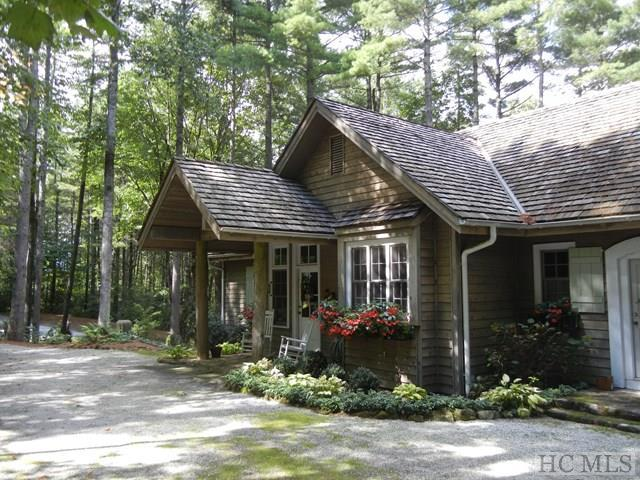 15 Grey Cottage Lane, Cashiers, NC 28747 (MLS #84845) :: Lake Toxaway Realty Co