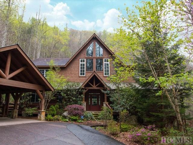 712 Beaver Bridge Road, Cashiers, NC 28717 (MLS #85768) :: Lake Toxaway Realty Co
