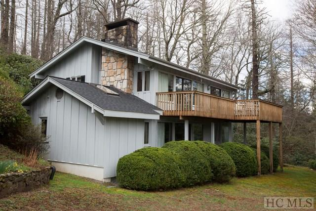421 Hideaway Trail, Highlands, NC 28741 (MLS #85817) :: Berkshire Hathaway HomeServices Meadows Mountain Realty