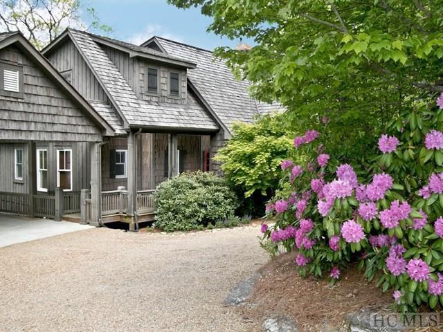 1541 Highgate Road, Highlands, NC 28741 (MLS #85858) :: Lake Toxaway Realty Co
