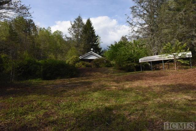 41 Gray Bank Road, Lake Toxaway, NC 28747 (MLS #85882) :: Lake Toxaway Realty Co