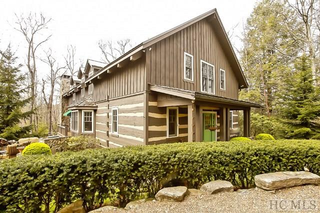 1385 High Gate Road, Highlands, NC 28741 (MLS #85968) :: Lake Toxaway Realty Co