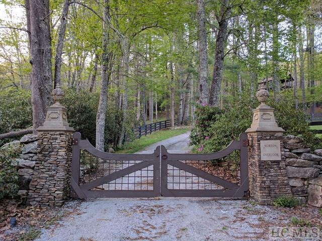 LOT 15 Squirrel Hunting Road, Cashiers, NC 28717 (MLS #85988) :: Lake Toxaway Realty Co