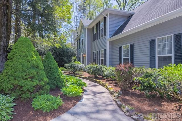 45 Chestnut Lane, Highlands, NC 28741 (MLS #85990) :: Lake Toxaway Realty Co