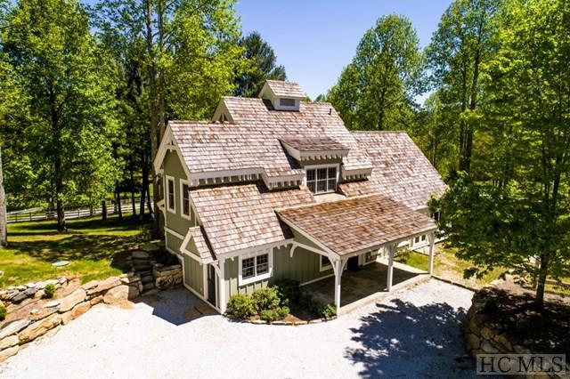 426 Meadowcrest Drive, Cashiers, NC 28717 (MLS #86032) :: Berkshire Hathaway HomeServices Meadows Mountain Realty