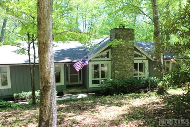 297 Country Club Estates Drive, Sapphire, NC 28774 (MLS #86049) :: Berkshire Hathaway HomeServices Meadows Mountain Realty