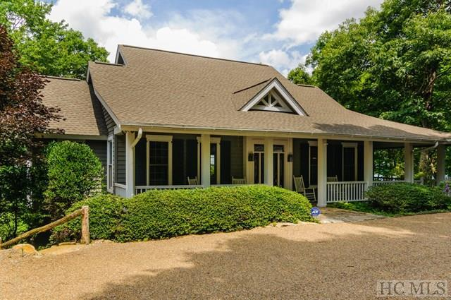 143 Lakeside Trail, Lake Toxaway, NC 28747 (MLS #86142) :: Lake Toxaway Realty Co