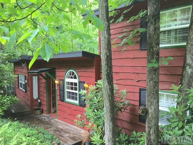 726 Eastside Duck Mountain Road, Scaly Mountain, NC 28775 (MLS #86206) :: Lake Toxaway Realty Co