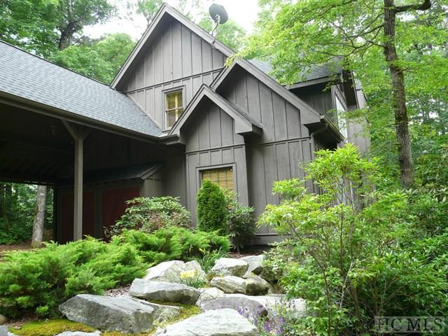 539 Seminole Way, Lake Toxaway, NC 28747 (MLS #86320) :: Lake Toxaway Realty Co