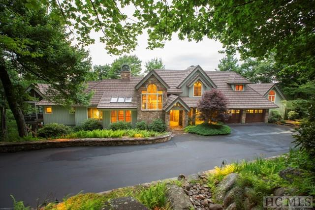 1734 Toxaway Drive, Lake Toxaway, NC 28474 (MLS #86598) :: Landmark Realty Group