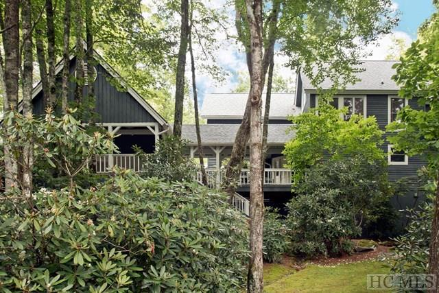 121 Crescent Trail, Highlands, NC 28741 (MLS #86601) :: Berkshire Hathaway HomeServices Meadows Mountain Realty