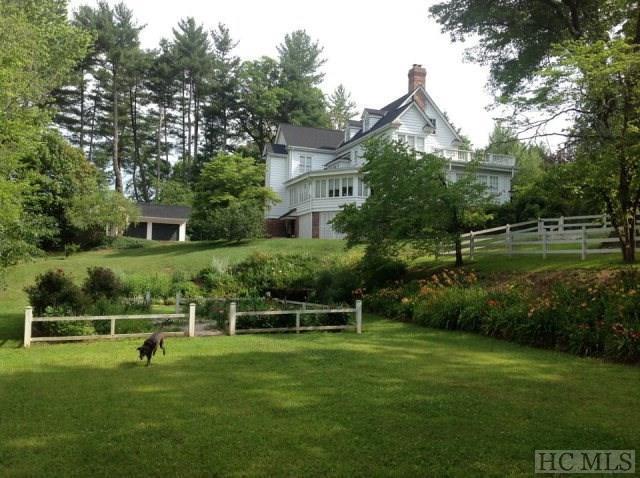 34 Summer Hill Drive, Franklin, NC 28734 (MLS #86634) :: Landmark Realty Group