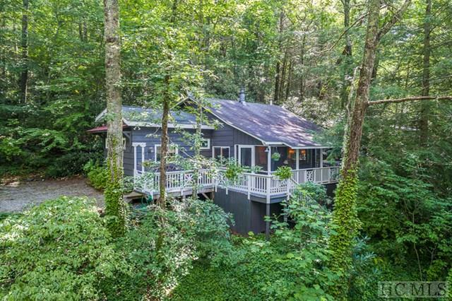 792 Hickory Hill Road, Highlands, NC 28741 (MLS #86636) :: Landmark Realty Group