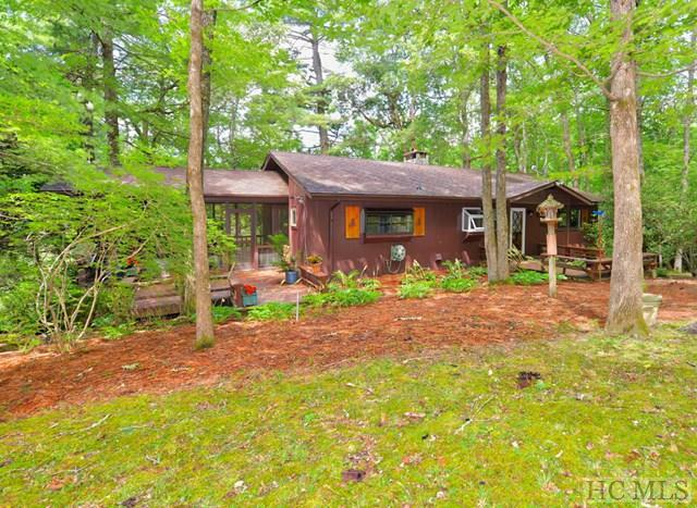 548 Holt Road, Highlands, NC 28741 (MLS #86649) :: Lake Toxaway Realty Co