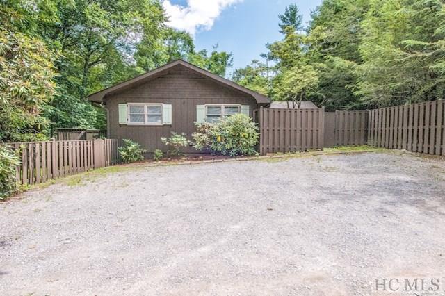 51 Pine Lane, Highlands, NC 28741 (MLS #86675) :: Lake Toxaway Realty Co