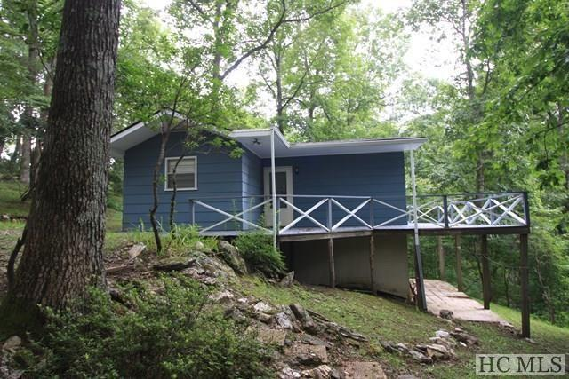 257 Perigee Drive, Cashiers, NC 28717 (MLS #86742) :: Berkshire Hathaway HomeServices Meadows Mountain Realty