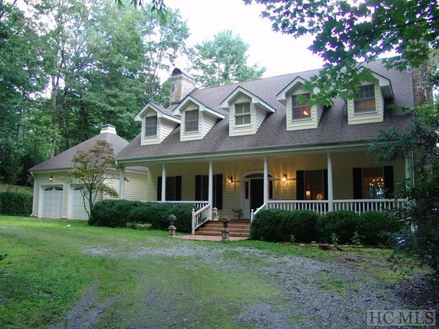814 North East Shore Drive, Lake Toxaway, NC 28712 (MLS #86769) :: Lake Toxaway Realty Co