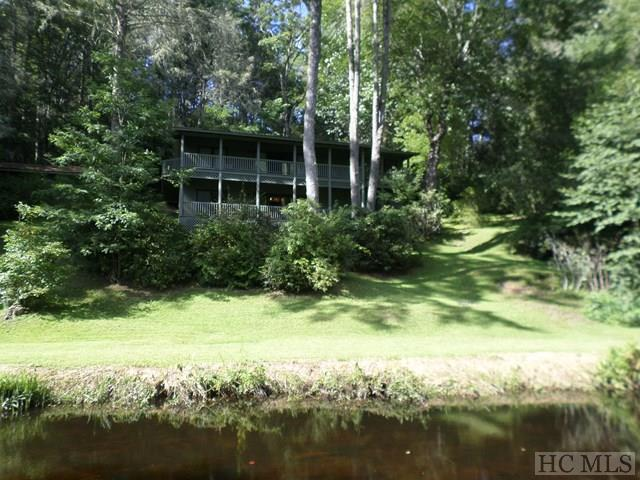 300 Big Pine Lane, Highlands, NC 28741 (MLS #86784) :: Lake Toxaway Realty Co