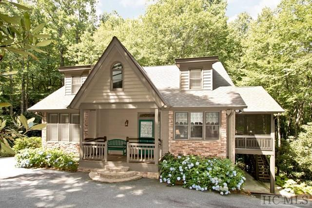 110 Hemlock Way, Highlands, NC 28741 (MLS #86789) :: Berkshire Hathaway HomeServices Meadows Mountain Realty